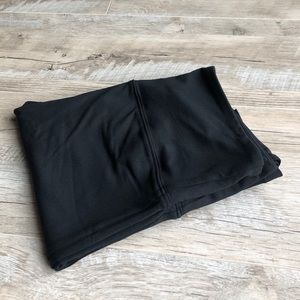 "ALO Yoga NWOT Black 28"" Leggings!"